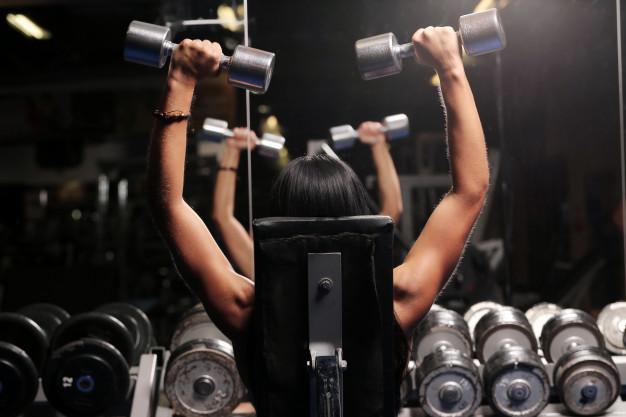 Время Спорта Как правильно тренироваться с гантелями?